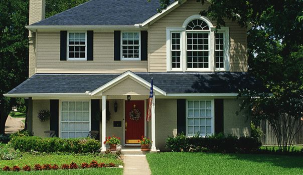 In Kansas City, having quality siding on your home can greatly improve the value and confort of your home. Properly installed siding will protect your most valued investment, your home. If you're thinking of replacing an important part of your home, we can help.