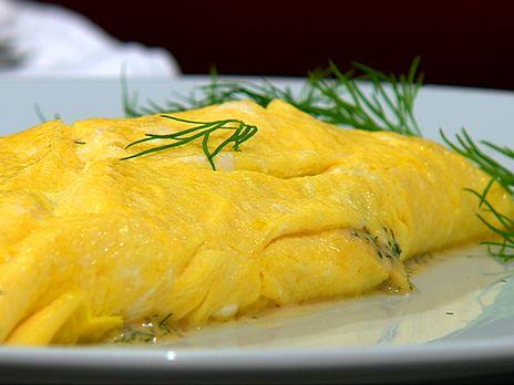 Omelett med räkstuvning   Recept.nu
