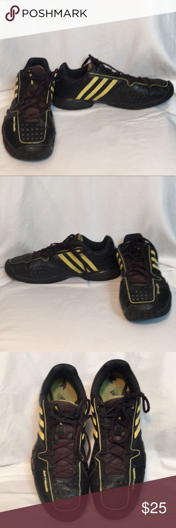 Adidas Barricades Men's sz 11 Shoes Adidas Barricades Men's size 11 shoes in good condition and still a lot of life left in them  🌻🌻BUNDLE 3 or More SAVE 20%!!! Spend 💲20 or more and choose a FREE GIFT❗️Choose your free gift by commenting on the item..... items with a 🎁 qualify as a free gift! adidas Shoes Sneakers
