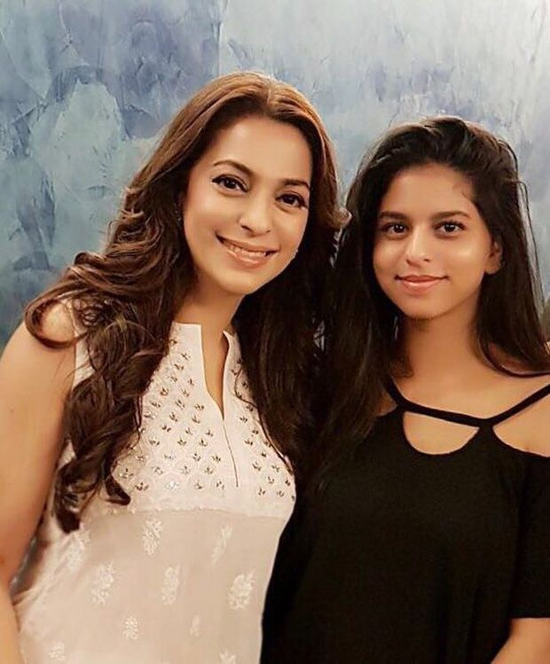 Check out Juhi Chawla strikes a pose with Suhana Khan at Ittefaq screening
