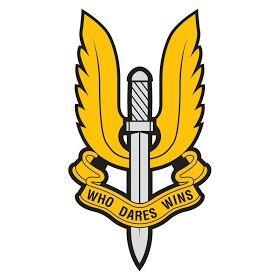 """Special Air Force (SAS): Famosa unidad de élite del Ejército Británico, cuyas funciones en tiempo de guerra son las operaciones especiales, y en tiempo de paz, la lucha antiterrorista. El """"Servicio Aéreo Especial"""" nació como tal en Kabrit (Egipto) en 1941, y durante la Segunda Guerra Mundial participó en diferentes escenarios y en multitud de operaciones, pero fue sin duda alguna en elNorte de África y Europa donde llevaron a cabo sus mejores actuaciones como comandos especiales. Su emblema…"""