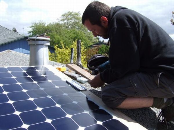 How to make your own DIY solar panels