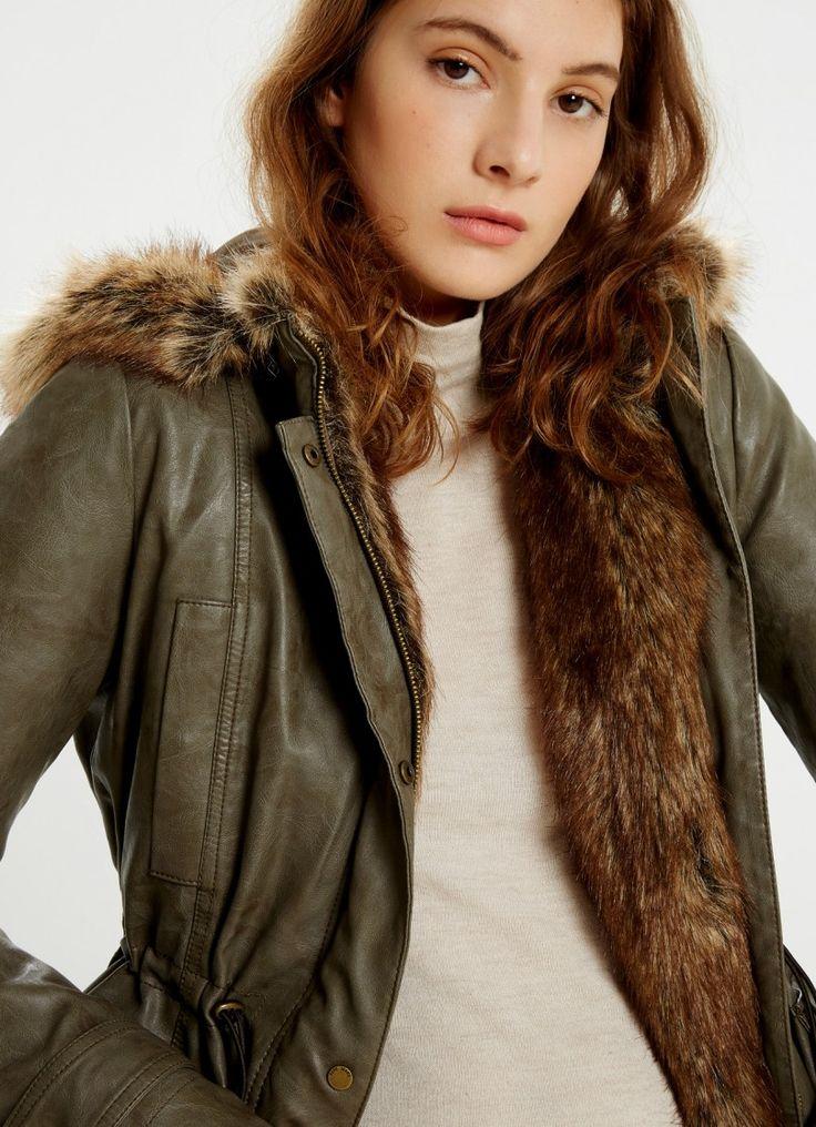 ANORAK VERT MILITAIRE À CAPUCHE PERIT prix Anorak Femme Pepe Jeans London 210.00…