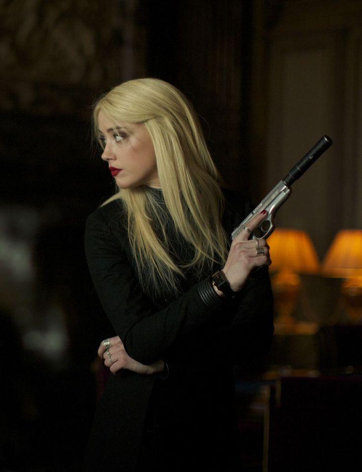 """Amber Heard en """"3 Días para Matar"""" (3 Days to Kill), 2014"""