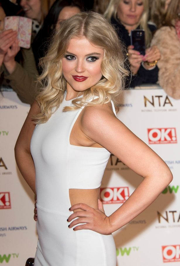 Lucy Fallon #white beaded earrings to go with your dress? Your beauty would rock a pair of: