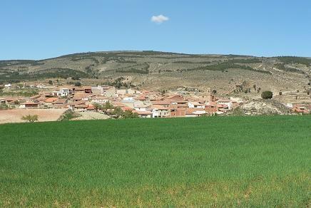El Collado, aldea #Alpuente, es un de las habitadas, y de las más altas del término municipal, a unos 1.150 metros. vía @PoblesValAbando
