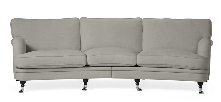Ritz är en generös och exklusiv svängd 3,5-sits soffa i klassisk howard stil. Den har en lyxig och mjuk komfort med fjäder/dunblandning i plymåerna, ett skönt sittdjup och en lite högre rygg. Den har keder runt plymåerna och vackra arbetade detaljer längs hela soffan. Ritz är en soffa för dig som vill ha det lilla extra, i fina exklusiva tyger och väl valda material.