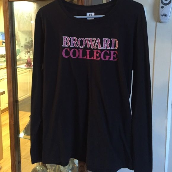 """Like New """"BROWARD COLLEGE """" Shirt BLACK COLOR WITH PINK WRITING ,LING SLEEVE IN VWRY GOID CONDITON Russell Tops Tees - Long Sleeve"""