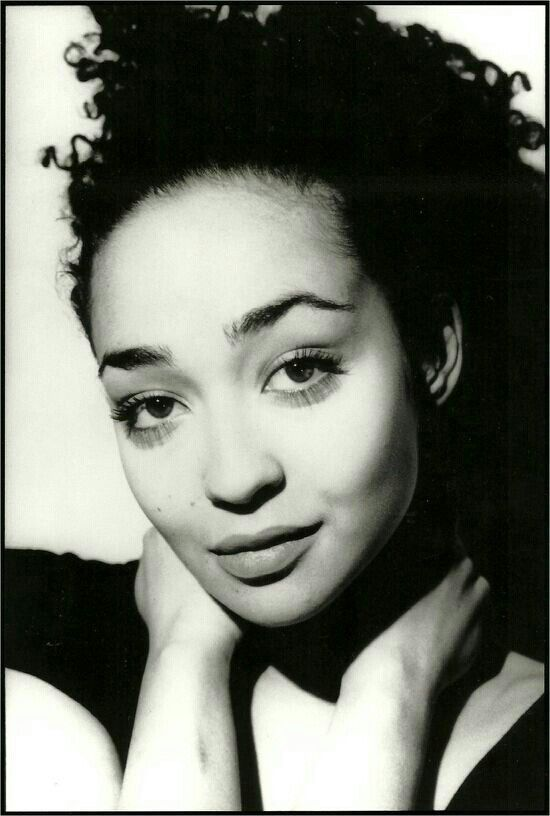 17 Best Images About Ruth Negga On Pinterest
