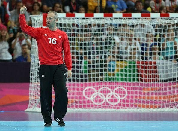 Thierry Omeyer - Arquero - 36 años - THW Kiel (Alemania) | mit Pin-It-Button auf http://www.zimbio.com/pictures/V_EoTtfZ-rB/Olympics+Day+6+Handball/_tmJx7D94rD