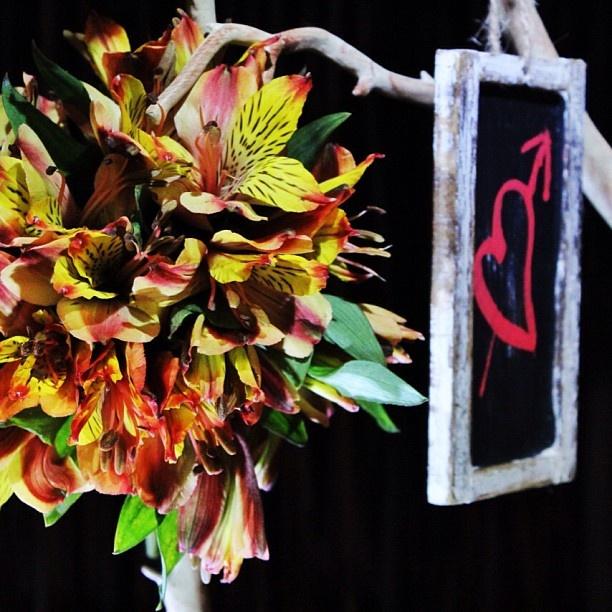 DECO Elite by @Jane Spaulding Dougherty   Venezuela wedding flowers Keywords: #venezuelaweddings #jevelweddingplanning Follow Us: www.jevelweddingplanning.com  www.facebook.com/jevelweddingplanning/