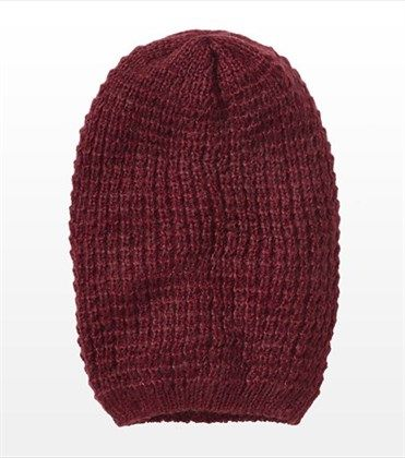 Tuque ample duveteuse @GarageClothing  12,90$