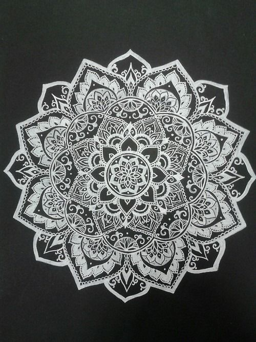 Mandala Design - I could try putting a white Mandala design onto a black vinyl. The contrasting colours will make the design stand out a lot more, make the intricate details easier to see.