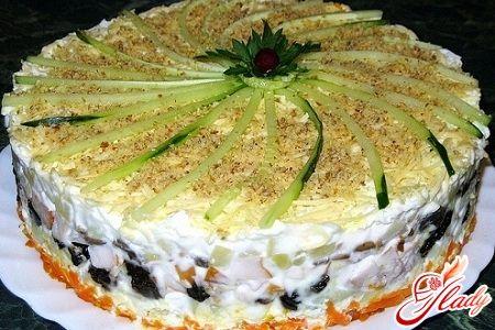 салат овощной слоеный