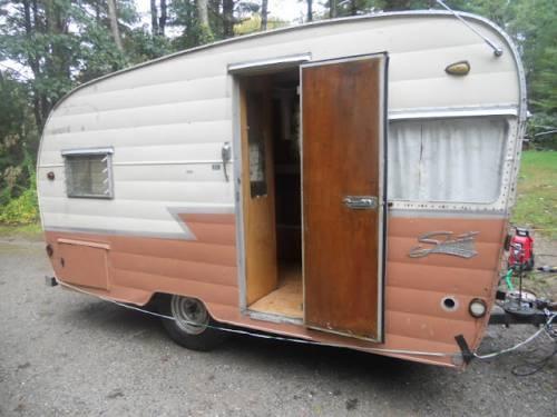 58 Best Shasta 39 S Images On Pinterest Vintage Caravans Vintage Trailers And Vintage Campers