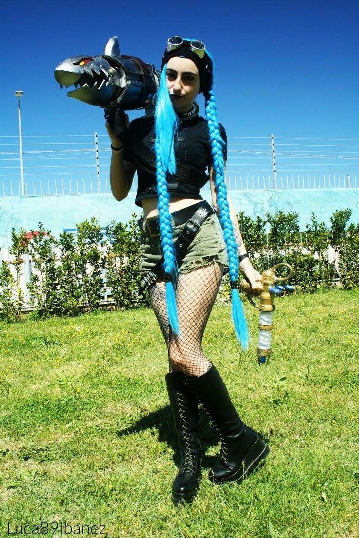 Character: commando Jinx Game: League Of Legends Cosplayer: Neko Cupcake Cosplay PH: Luca89Ibanez