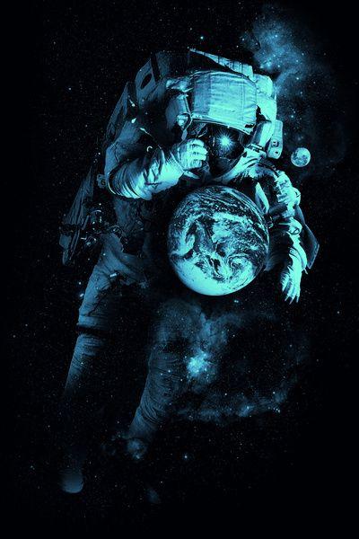 Warum bin ich so alleine ich will wissen was dort unten auf der Erde passiert ist!