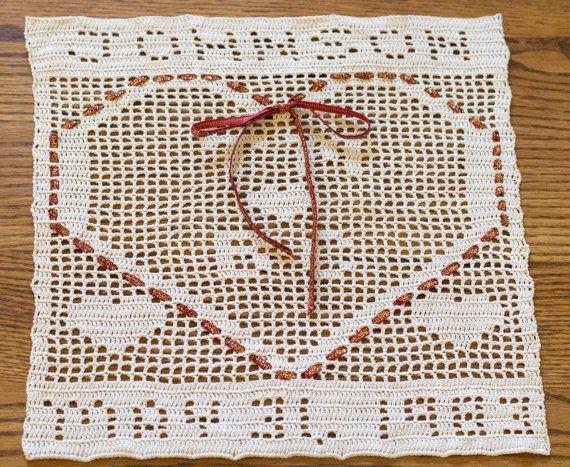 Filet Crochet  Crochet doilies  Crochet Heart  by WishnWellGifts
