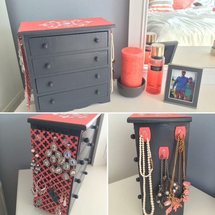 25 unique jewelry box makeover ideas on pinterest for Old jewelry box makeover