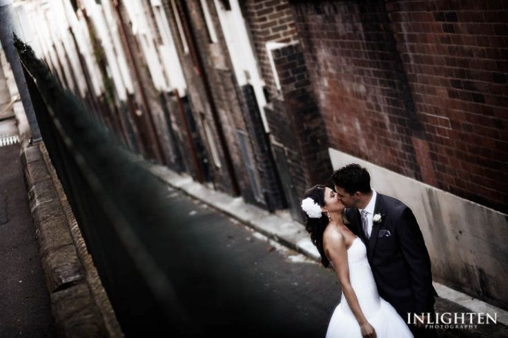 Location > THE ROCKS.    City wedding portrait shots,alleyway. Making ordinary into extraordinary and unique wedding portraits. Romantic and creative.