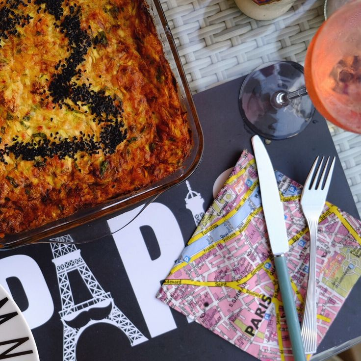 Love and paris themed pie