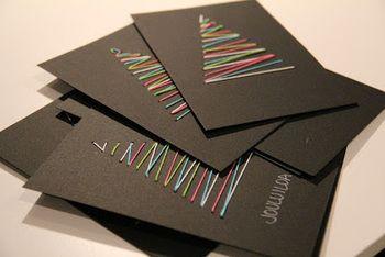 カラフルなツリーデザインのカードです。 カードの色との組み合わせを考えるのも楽しいですね☆