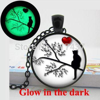 Светятся в темноте кошка силуэт в дереве в форме сердца силуэт валентина подарок кошка ожерелье художественное фото светящийся ожерелья