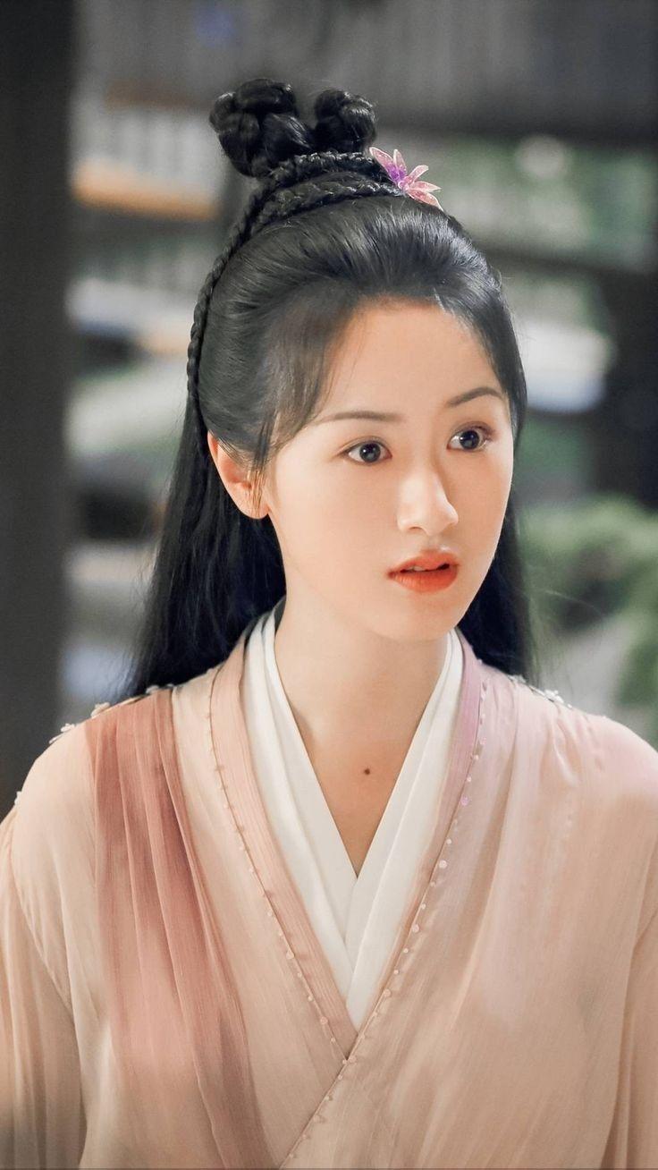 Ghim của Tsang Eric trên Ju jingyi | Nữ thần, Diễn viên