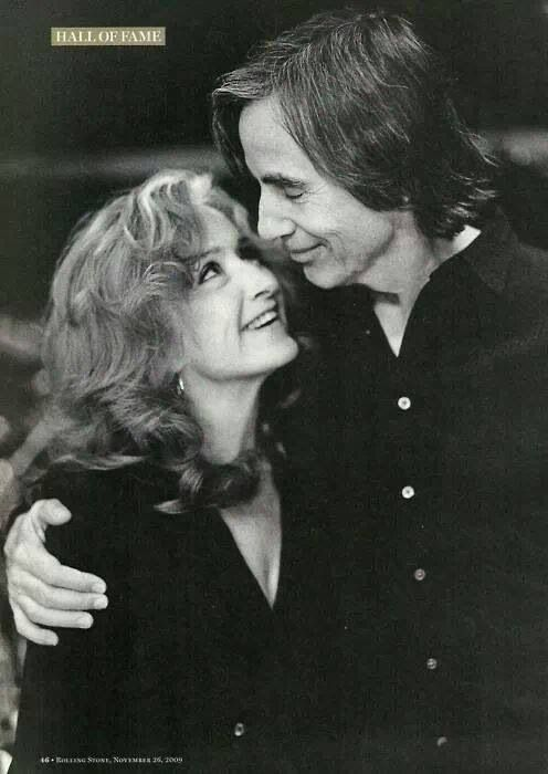 Bonnie Raitt & Jackson Browne - Good friends and fellow Democrats