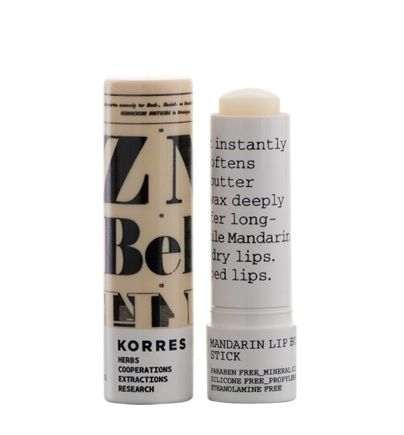 COLORLESS Without SPF Moisturising / nourishing Mandarin lip butter stick KEY FEATURES & BENEFITS Lip butter with sun protection that instantly hydrates and soften the lips. Ideal for chapped lips. KEY INGREDIENTS Shea butter and Sunflower wax deeply nourish and offer long-lasting care, while Mandarin oil conditions dry lips. korres