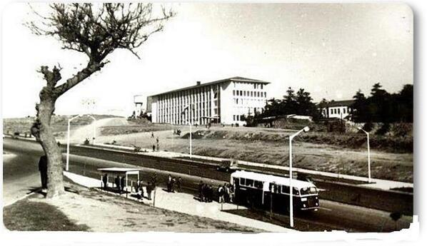 Beşiktaş Barbaros Bulvarı Yıldız Teknik Üniversitesi (1960'lar)