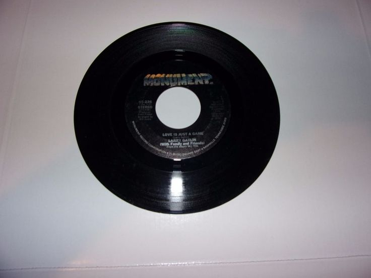Larry Gatlin: Love Is Just A Game / Everytime A Plane Flies Over Our House / 45