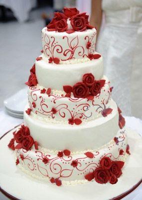 Change To Purple Or Blue Flowers And Design All White Extravagant Wedding Cakeswhite Cakescake Weddingred