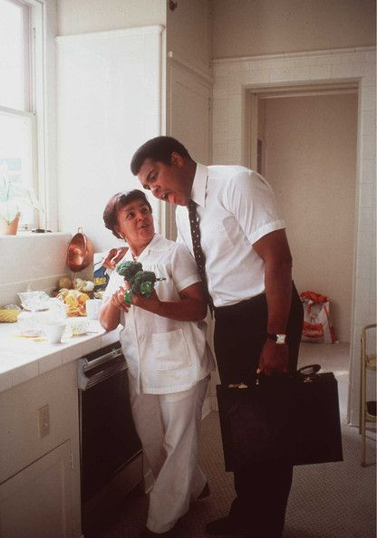 FILE PHOTO: Boxing icon Muhammad Ali, who is battling Parkinson's disease, is due to celebrate his 70th birthday tomorrow (January 17, 2012). The three-time world heavyweight champion has begun celebrations early in his home town of Louisville, Kentucky - Pictures - Zimbio