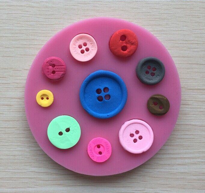 Дешевое Новое поступление красивая кнопка форма 3D фондант торт кружева плесень инструменты для приготовления пищи шоколада пресс для кухни выпечки   C422, Купить Качество Формы для тортов непосредственно из китайских фирмах-поставщиках:  &nbsp