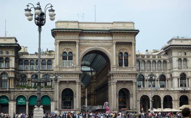 The Top Tourist Attractions in Milan, Italy: Shopping and Window Shopping