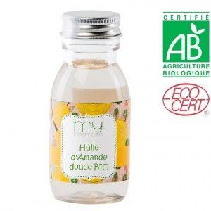 HUILE D'AMANDE DOUCE !! C'est une huile aux multiples propriétés, très riche en minéraux (potassium, phosphore, calcium, magnésium, fer, zinc et cuivre). En usage interne, c'est un laxatif doux qui lutte contre la constipation, particulièrement bien adapté aux enfants et aux personnes âgées. NOTRE RECETTE : Huile de beauté régulatrice & régénérante: Dans un flacon mélange 50 ml d'huile d'amande douce + 50 ml d'huile d'olive + 60 gouttes HE de bois de rose + 9 gouttes de Vitamine E.