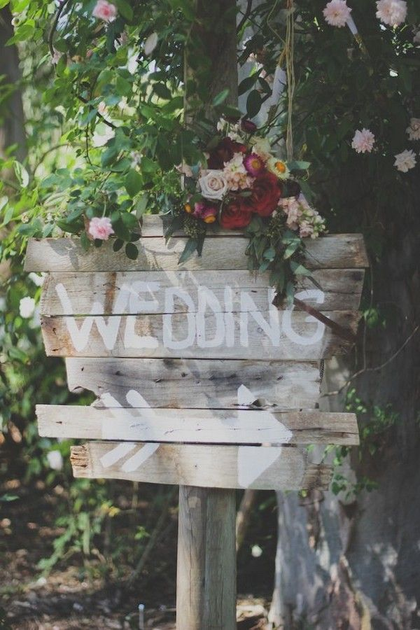 rustic boho wedding sign / http://www.deerpearlflowers.com/country-rustic-wedding-ideas-and-themes/