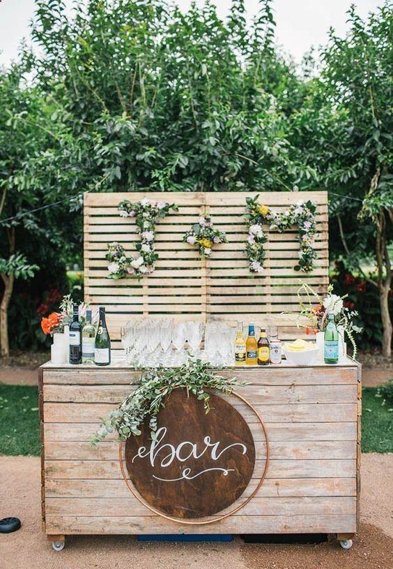 20 Creative Wedding Bar ideas to Inspire