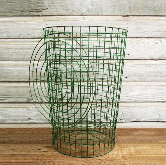 vintage green wire laundry basket with lid vintage by auroramills