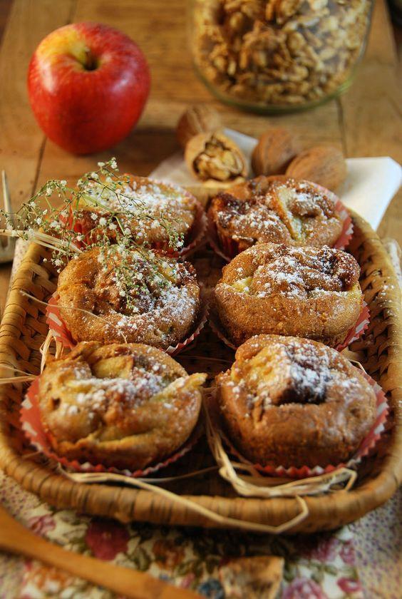 Ce que j'aime en hiver c'est allumer mon four et faire des gâteaux. C'est pour cela que j'ai cuisiné ces muffins aux pommes, noix et caramel