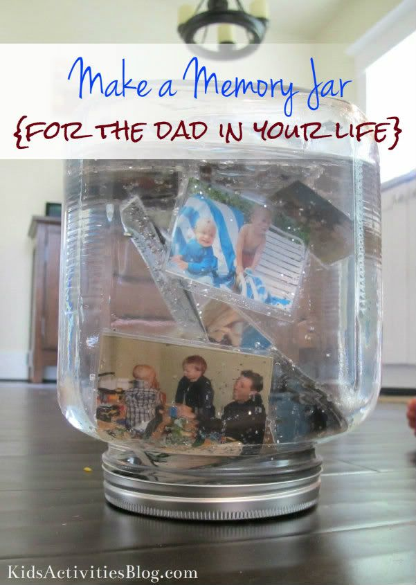 Father's Day: Make a Memory Jar {Fathers Day} - Kids Activities Blog: Jar Fathers, Gift Ideas, Fathersday Gifts, Father'S Day, Fathers Day, Memories Jar, Memoryjar