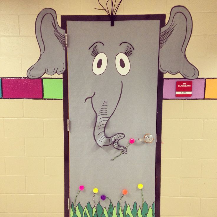 My Horton! Isn't he precious?! Dr. Seuss Day is March 2nd this year! Get ready! #MrsYagersArtRoom #drseuss #classroomdoor