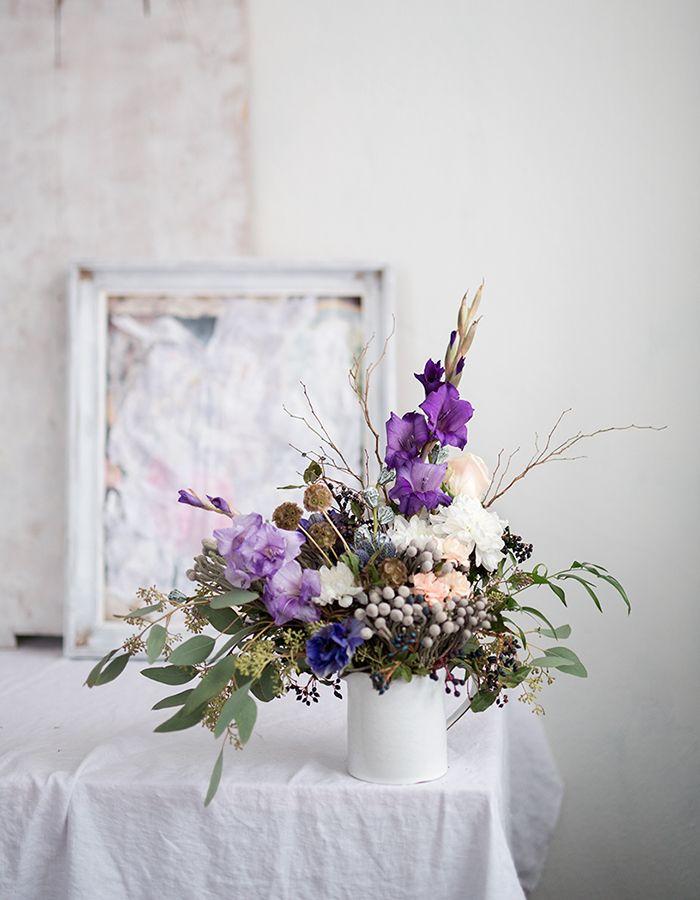 flower arrangement and photo by Kreetta Järvenpää www.gretchengretchen.com