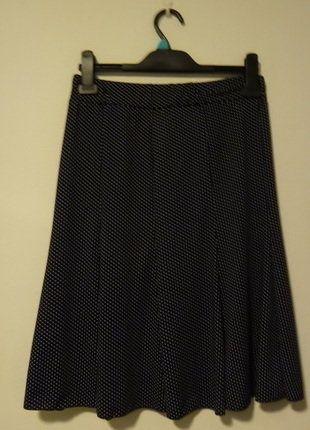 Kupuj mé předměty na #vinted http://www.vinted.cz/damske-obleceni/sukne-ostatni/14038172-puntikata-tmave-modra-sukne-v-pase-na-gumu-vel-38