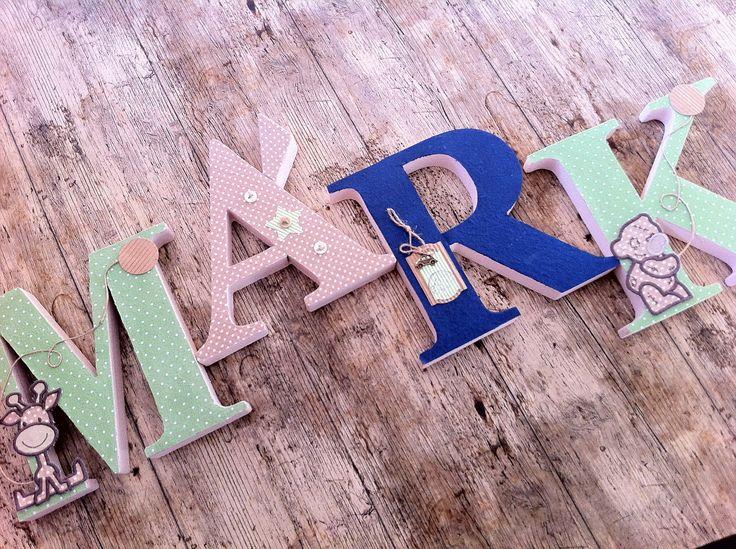 MÁRK egyedileg díszített polisztirol habbetűk igény szerinti színvilággal és egyéni/egyedi stílusban rendelhetők.  A betűk 19cm magasak és a 3cm szélesek. #### name, letters handmade, baby, gift ,név, betűk, kézzel készült, bébi, ajándék...