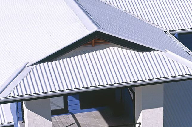 Roof Types 24 Best Roof Styles Materials For Your Home Decor Aid Gable Roof Design Roof Types Roof Design