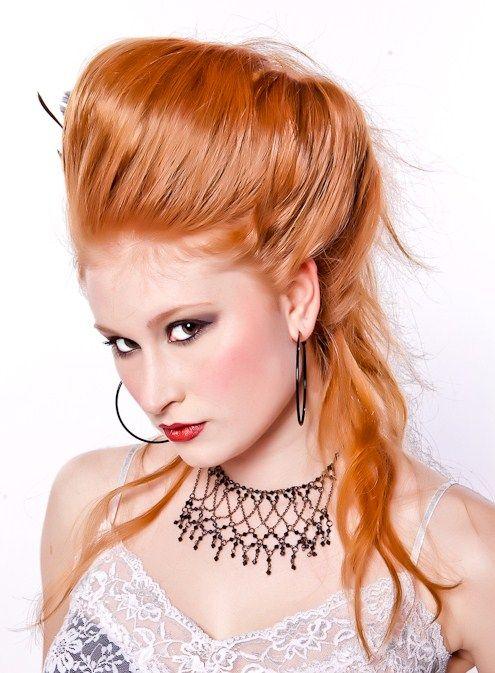 25+ best Beehive hairstyle ideas on Pinterest   Retro ...