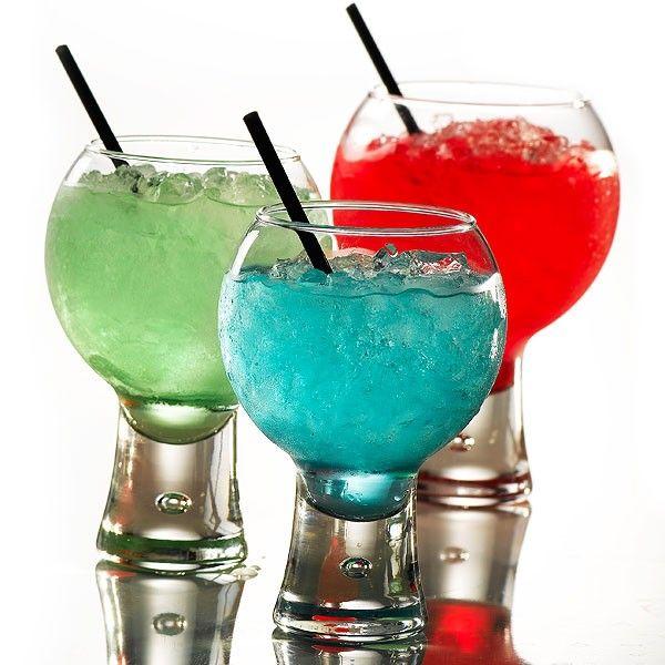 Ποτήρι βέλγικης προέλευσης με ιδαίτερο και κομψό σχεδιασμό, κατάλληλο για gourmet παρουσιάσεις. Μοντέρνο αλλά και με στυλ ποτήρι για κρασί λευκό, κόκκινο , ροζε αλλά και για κοκτέιλ από φυσητό χειροποίητο γυαλί. Το σετ αποτελείται από 6 ποτήρια του λευκού, 6 του ροζέ και 6 του κόκκινου κρασιού. Όλα τα ποτήρια μπορούν να χρησιμοποιηθούν για χυμούς και κοκτέιλ.
