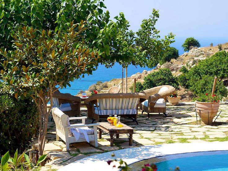 Rethymno villa rental - Sitting area under the shade on the terrace!
